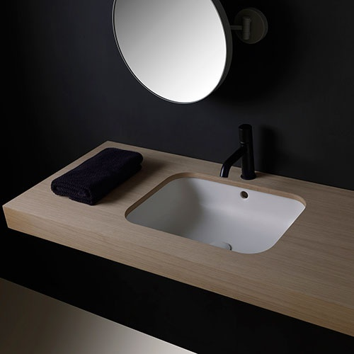 Undercounter rectangular washbasin