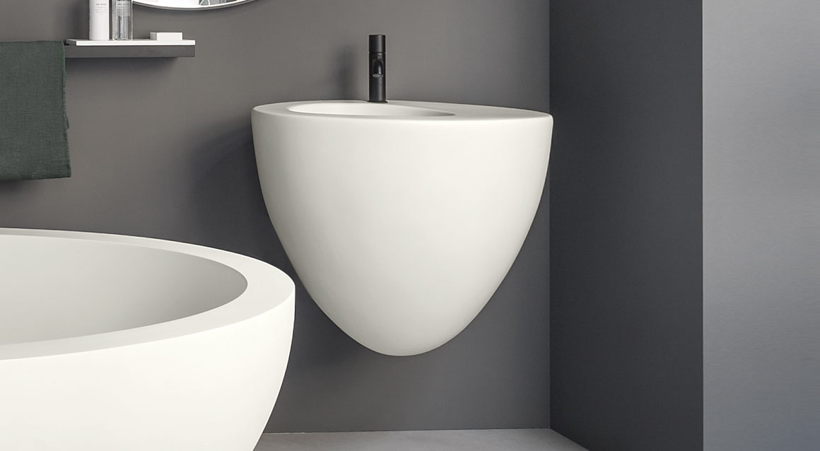 Wall-hung washbasin 70