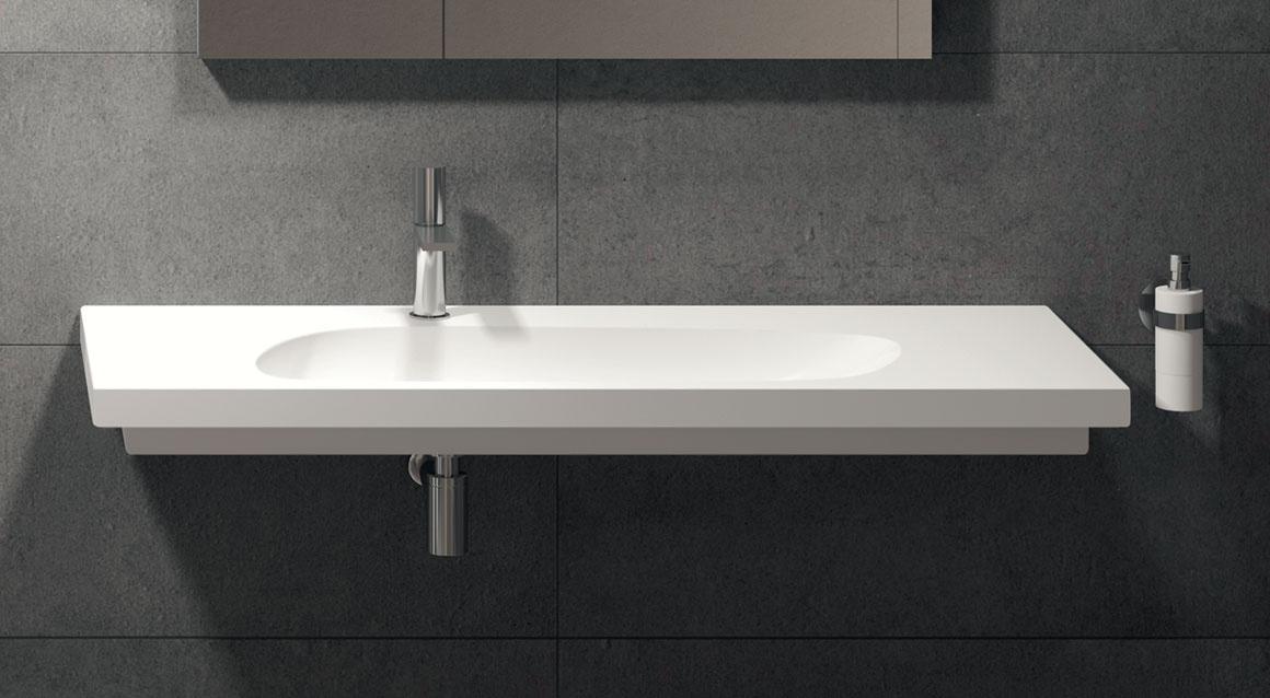 Wall-hung or on top washbasin 140