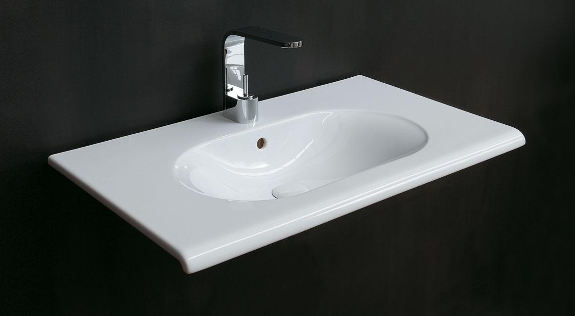 Wall-hung washbasin 100