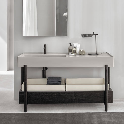 Plinio 140 washbasin with cabinet