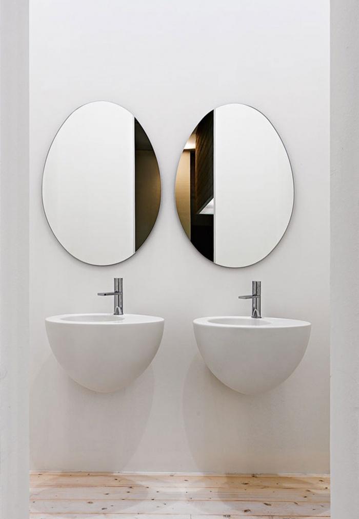 Wall-hung washbasin 56 - Talco, and Le Giare mirror