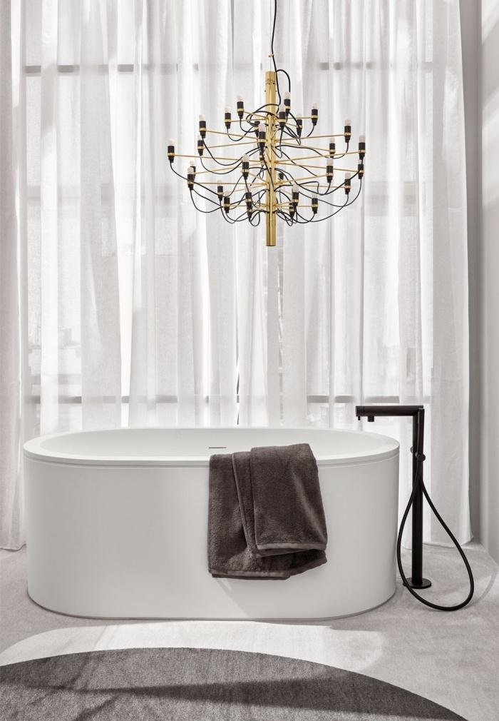 Cibele L bath tub in LivingTec Matt White, Talco playwood cladding