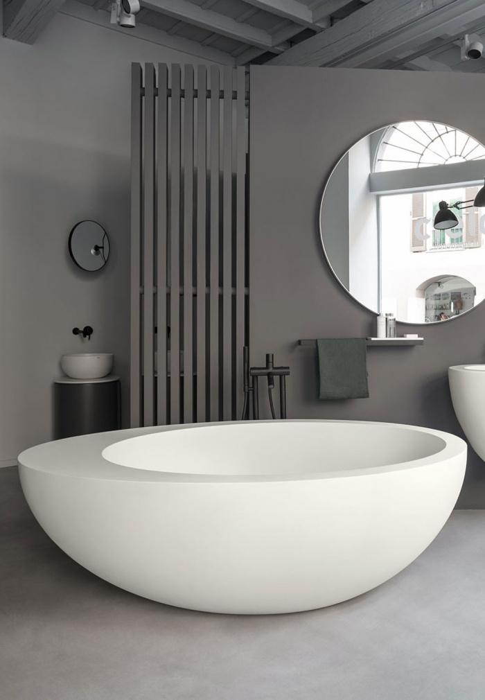 Livingtec bath tub - Matt White