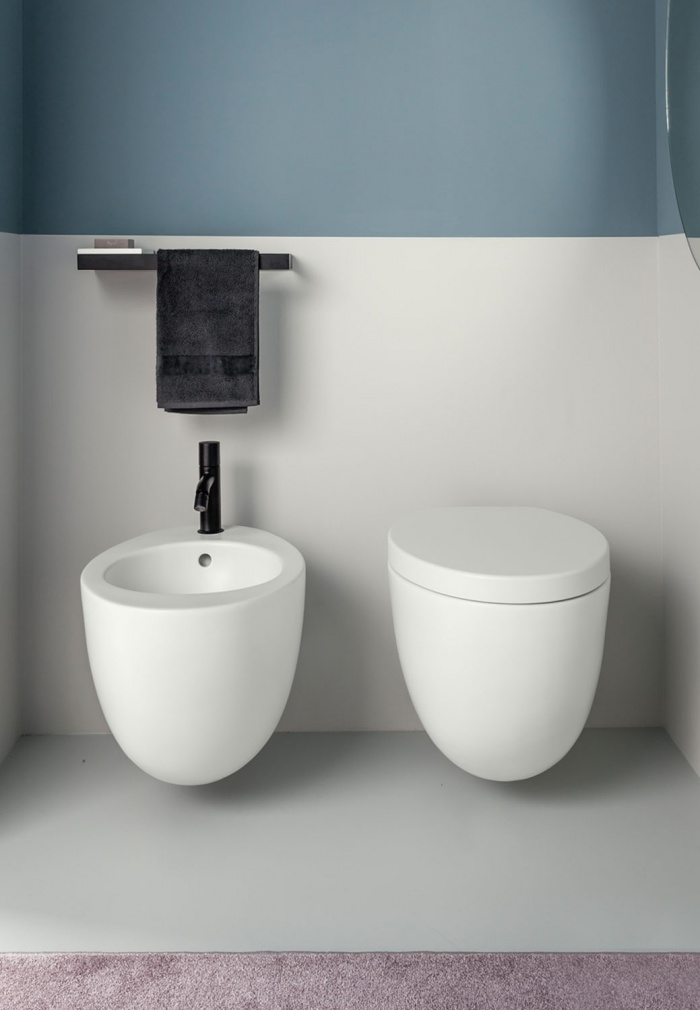 Wall-hung wc and reverse shape bidet - Talco