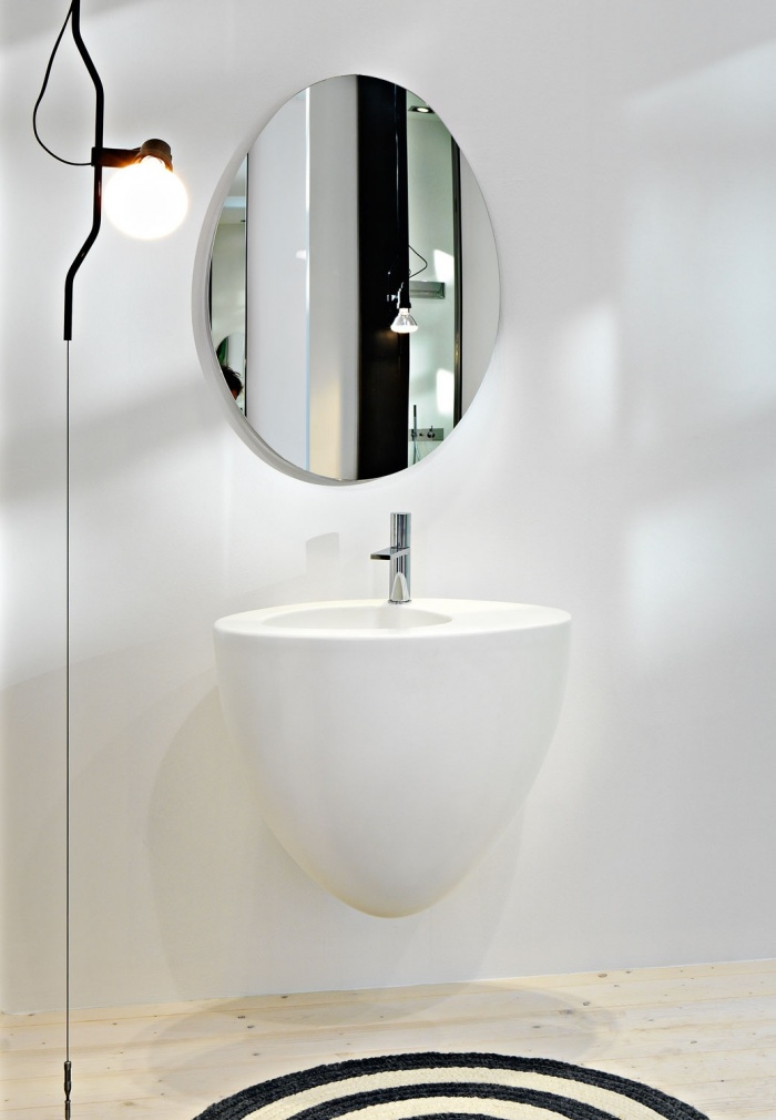 Wall-hung washbasin 70 - Talco, and Le Giare mirror