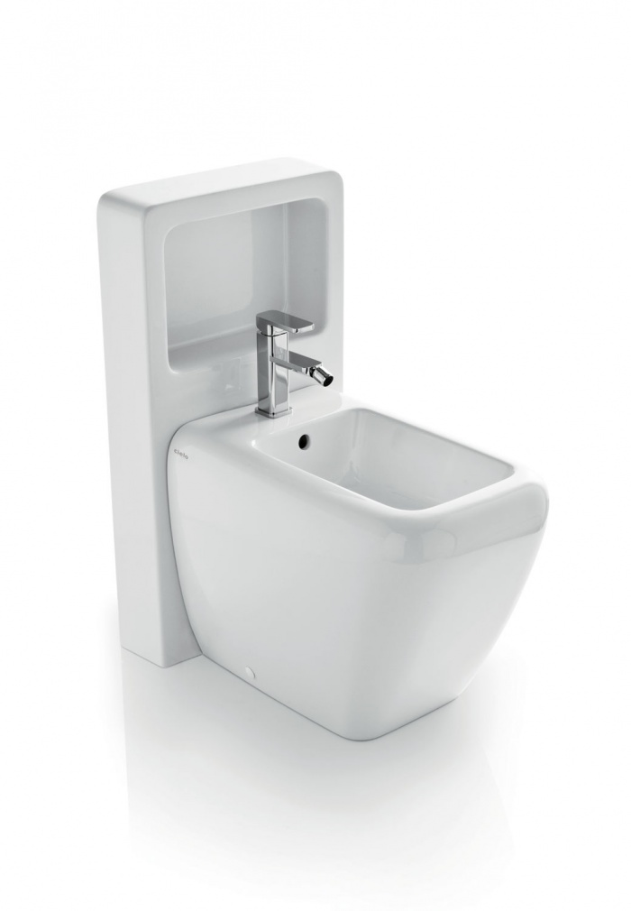 Back to wall bidet with Magic Box - glossy white
