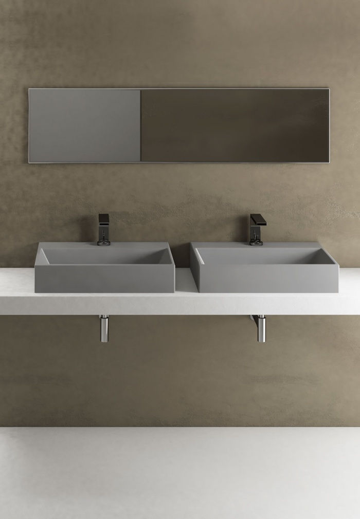 Smile 60 washbasins. Brina finishes.
