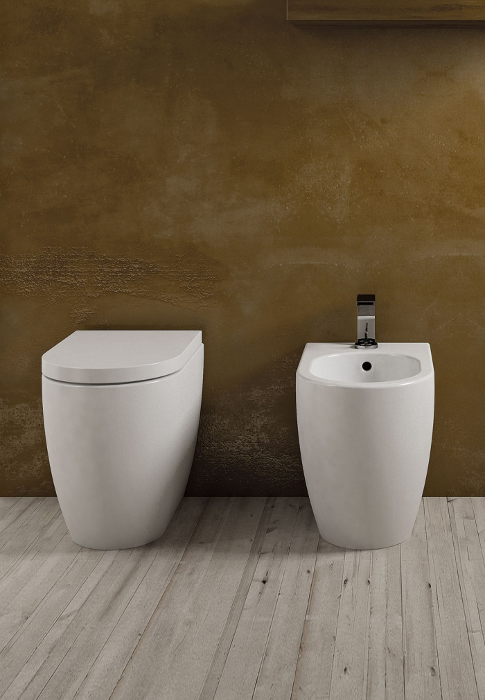 Smile back to wall Wc and  Bidet Talco finishes.