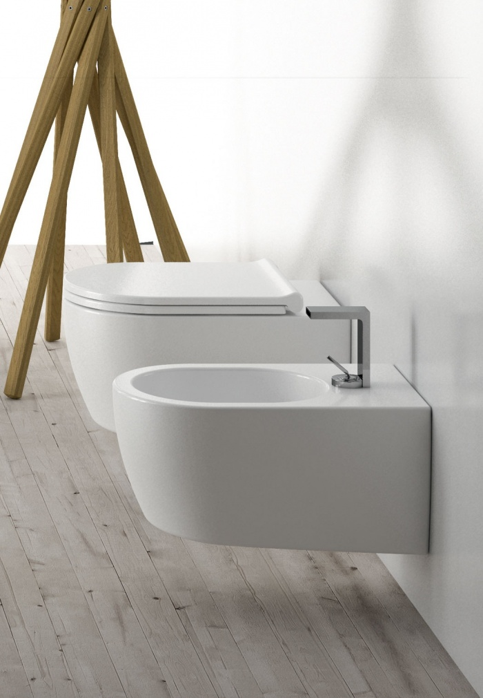 Wall hung Wc and  Bidet Talco finishes.
