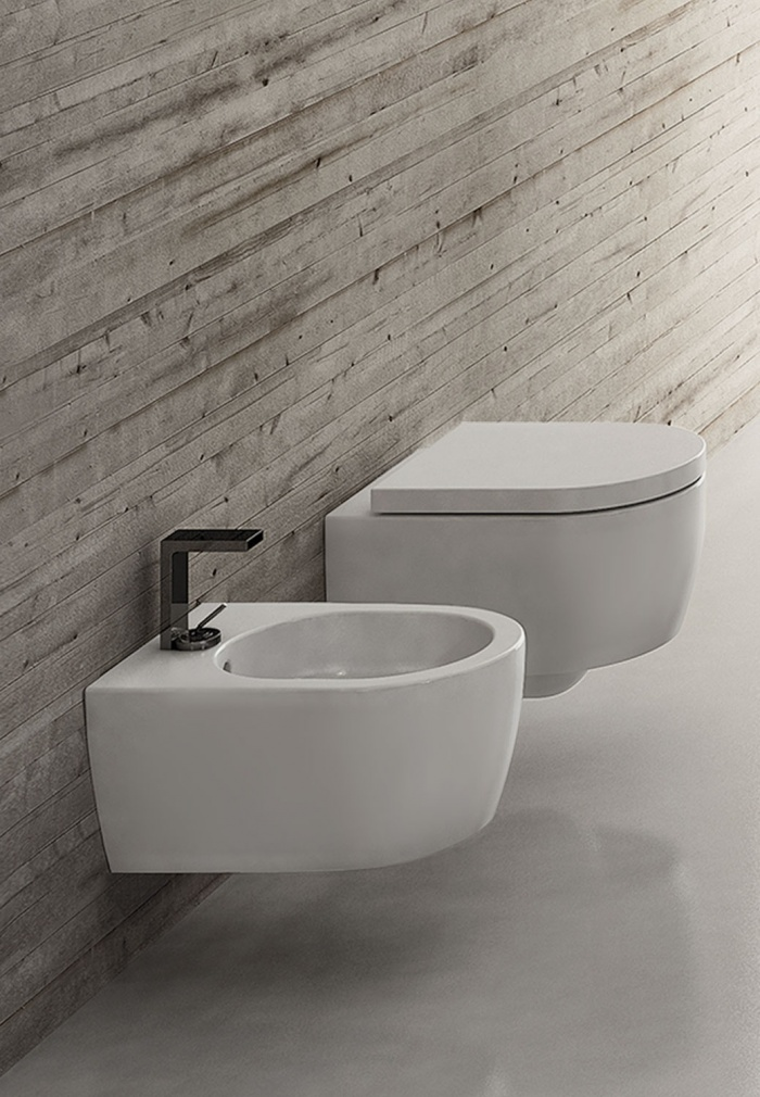 Smile Mini Wall hung Wc and  Bidet Talco finishes.