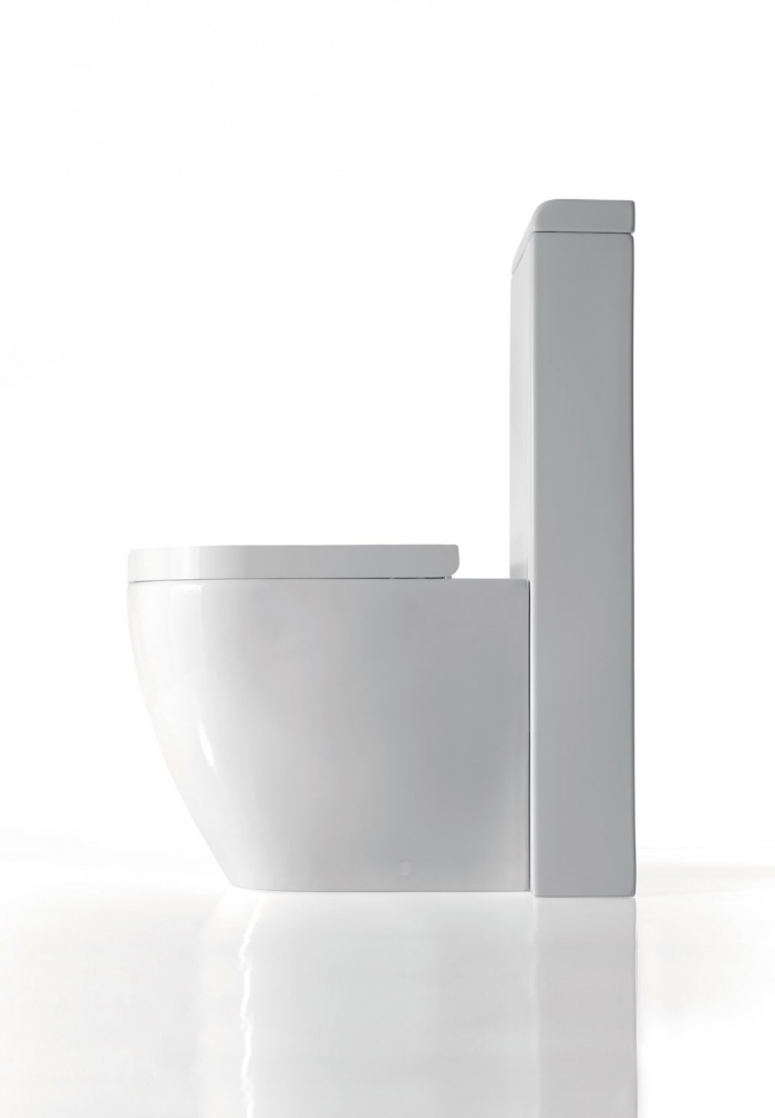 Smile wc with horizontal outlet convertible to floor outlet by technical curve Gloss white finishes.