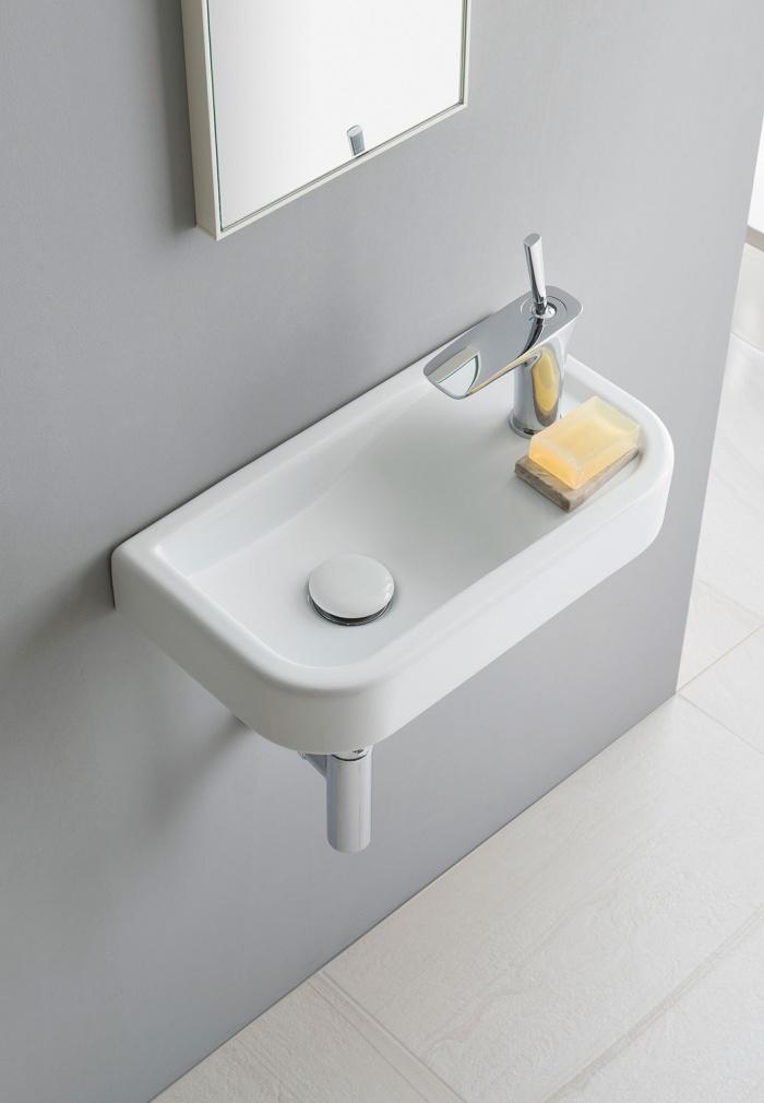 Opera 45 washbasin. Glossy White finishes.