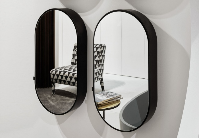 Oval Box mirror. Nero Matt finishes.