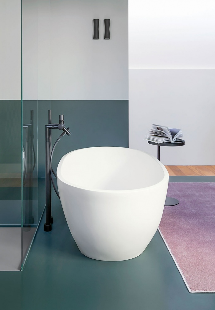 Bath tub in LivingTec - Matt White