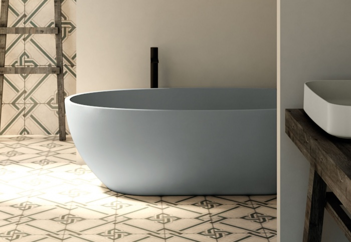Bath tub in LivingTec - Brina
