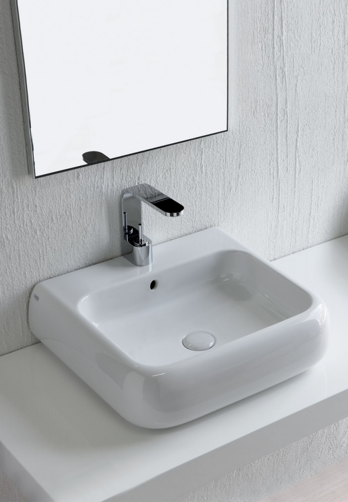 On top or wall-hung washbasin 54 - glossy white