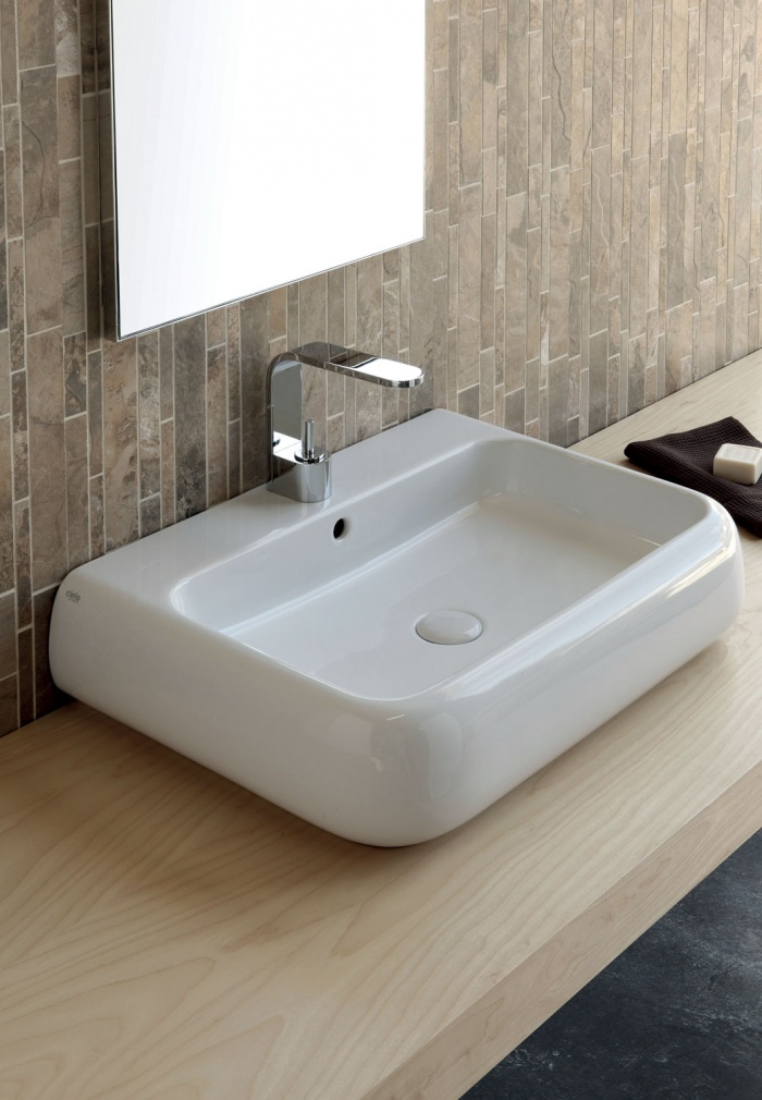On top or wall-hung washbasin 66 - glossy white