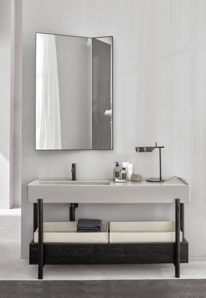 Pomice washbasin, Rovere nero framework and drawer, White Matt leather baskets