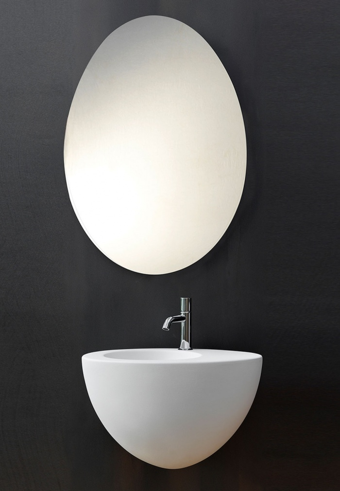 Le Giare mirror. Le Giare 56 wall-hung washbasin, Talco finishes.