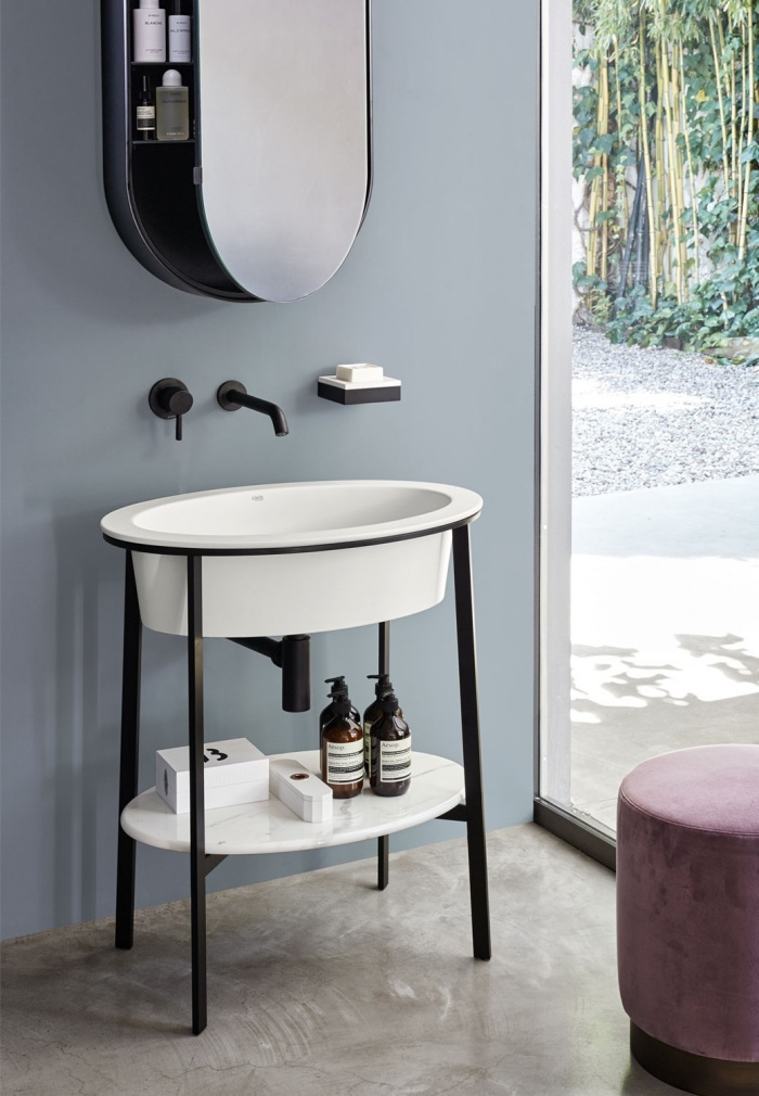 Talco washbasin, Black Matt framework, Bianco Carrara marble top, Black Matt Oval Box mirror