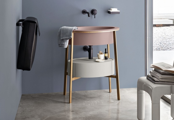 Cipria washbasin, Brushed Bronze framework, Pomice drawer, Black Narciso black laundry bag