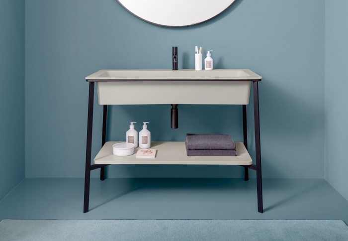 Pomice washbasin, Nero Matt framework of washbasin, Pomice laquered shelf