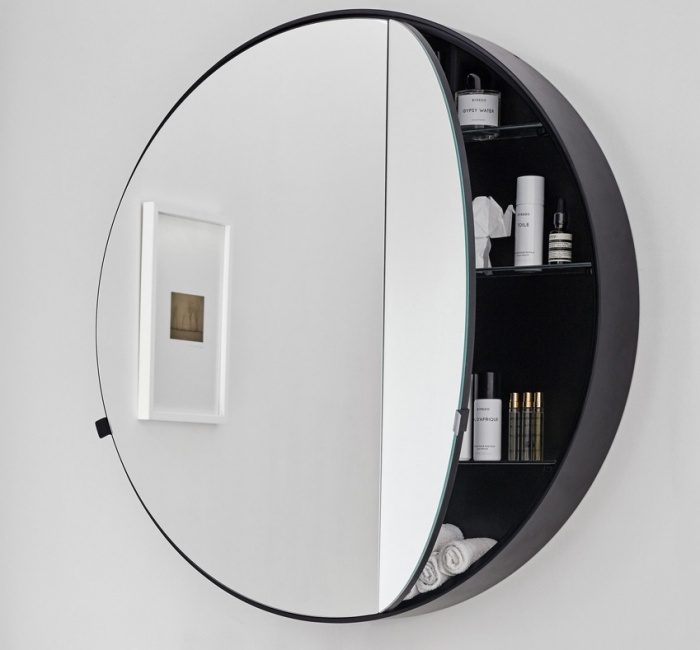 Round Box mirror 75. Matt Black finishes.