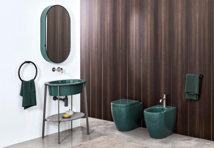 Smeraldo washbasin, Azul Noche marble top, Cemento framework, Smeraldo Oval Box mirror, Smeraldo Smile wc and bidet