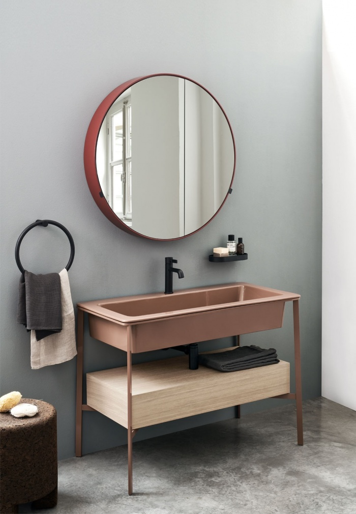 Pomice washbasin, Bronzo Spazzolato framework of washbasin, Pomice laquered shelf