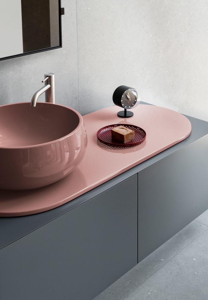 Ninfea washbasin and tray, Cemento cabinet.